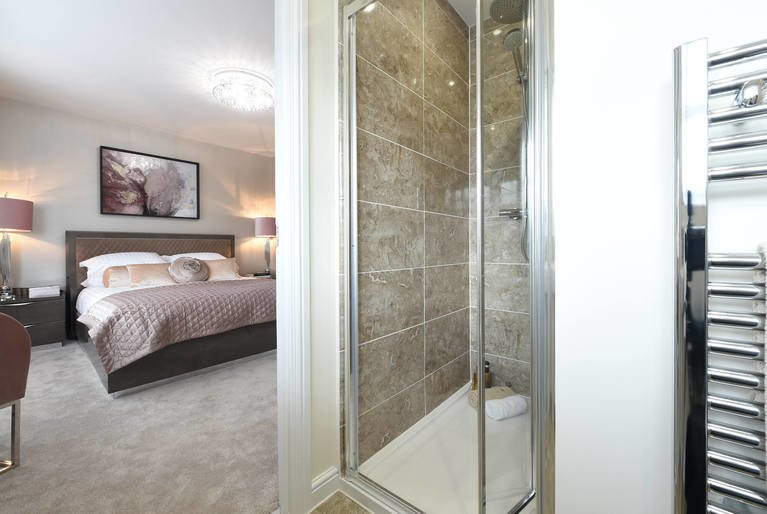 Bedroom-ensuite-lrg