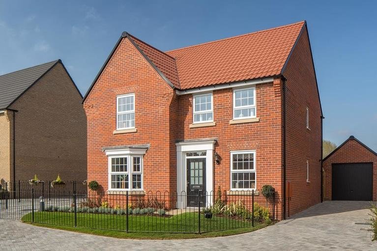 7607 03 dwh corinthianplace burnhamoncrouch holden 4bed